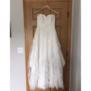 Dresses & Skirts - Wedding Dress: Lace, Ivory, Strapless, Long Train